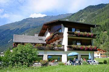 Ferienhaus St. Leonhard im Pitzta