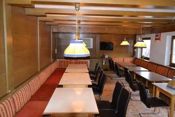 der große Speise- und Aufenthaltsraum (mit neuen Stühlen)