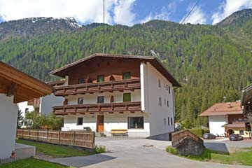 Gruppenhaus St. Leonhard Pitztal