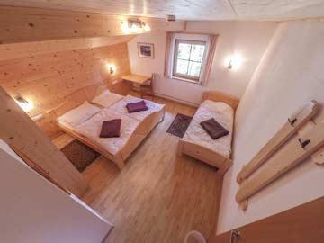 Großzügiges 3-Bett-Zimmer