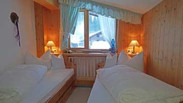 Schlafzimmer 5 (Kinderzimmer) mit Einzelbetten