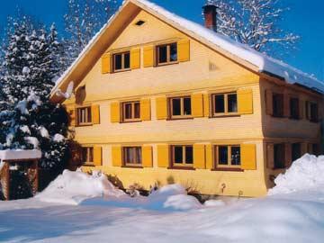 Wintermärchen im Bregenzerwald an der Grenze zum Allgäu