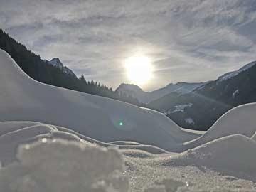 Aussicht im Winter im Gegenlicht