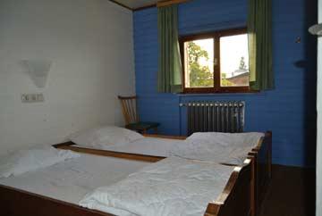 2-Bett-Zimmer mit Doppelbett im 1. OG