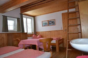 Schlafzimmer mit Schlafgalerie