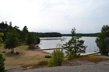 Alljungen See mit einer Durchschnittstemperatur von 24-24° im Sommer