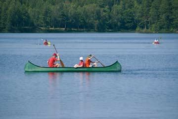 Kanu- und Bootstouren auf dem See