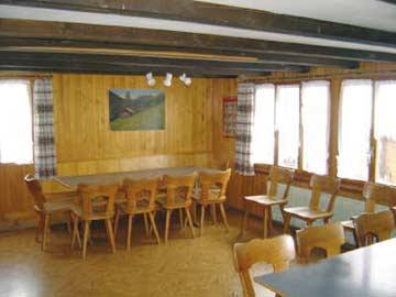 gemütliche Stube im Chalet in Adelboden