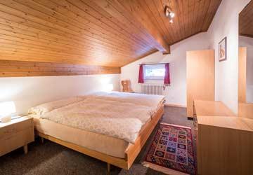 Blick in die Schlafzimmer (Einzelbetten neben- oder hintereinander stellbar)