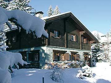 Chalet Savognin im Winter
