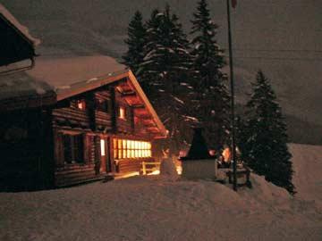 ... und danach geht's wieder heim in die gemütliche Skihütte Flims