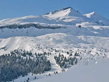 Blick ins Winterresort LAAX etwas oberhalb der Skihütte Flims