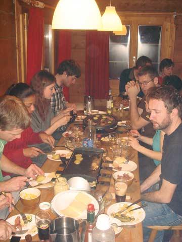 Racletteabend auf der Skihütte (Kundenfoto)