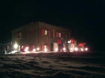 Fackelabend an der Skihütte (alte Fassade vor Umbau) (Kundenfoto)