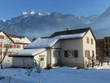 weitere Hausansicht Winter