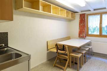 Leiterstübli im UG mit Küchenzeile