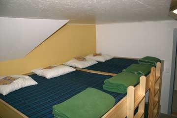 8-Bett-Zimmer im OG
