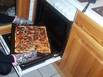 leckere Pizza am Abend