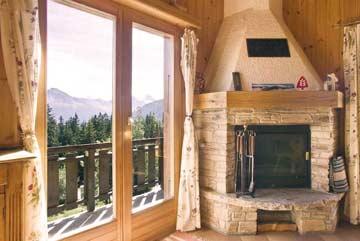 der offene Kamin sorgt für wohlige Wärme nach herrlichen Skitagen in den 4 Vallées