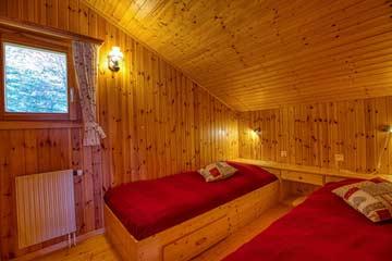 2-Bett-Zimmer im OG