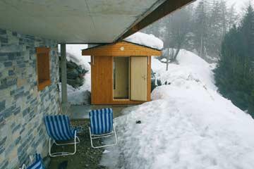 Außensauna im Winter